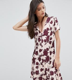 Alter Petite Платье на пуговицах с короткими рукавами и цветочным принтом Pet. Цвет: мульти