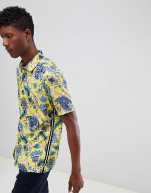 ASOS Рубашка классического кроя с цветочным принтом DESIGN. Цвет: желтый