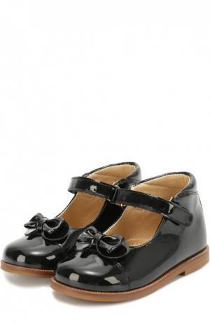 Лаковые туфли с бантом Clarys. Цвет: черный