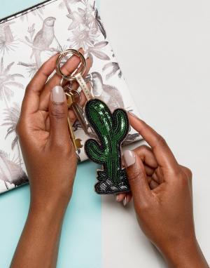 ASOS Брелок с украшенным пайетками кактусом. Цвет: зеленый