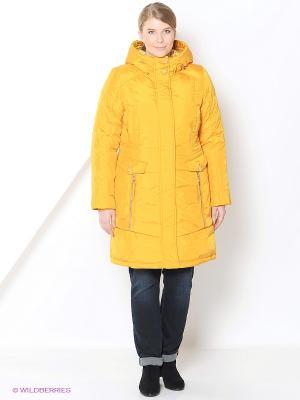 Пальто женское COLD WIND IS MIRAGE. Цвет: горчичный