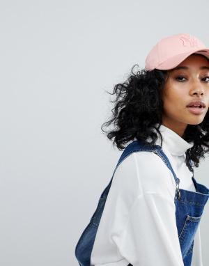 New Era Эксклюзивная розовая кепка с надписью NY в тон 9Forty. Цвет: розовый