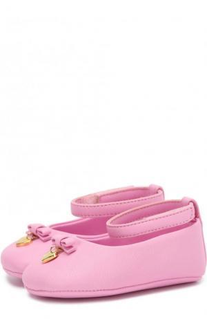 Кожаные пинетки с ремешком и декором Dolce & Gabbana. Цвет: розовый