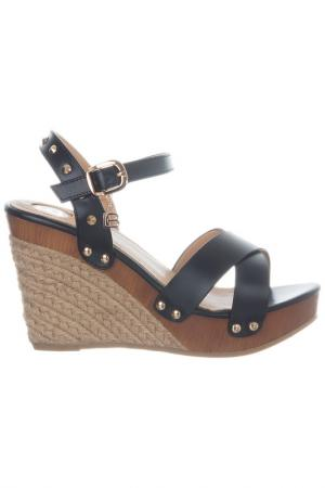Wedge sandals Laura Biagiotti. Цвет: black