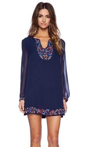 Платье с длинным рукавом New Friends Colony. Цвет: синий