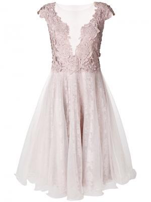 Платье с V-образным глубоким вырезом Olvi´S. Цвет: телесный
