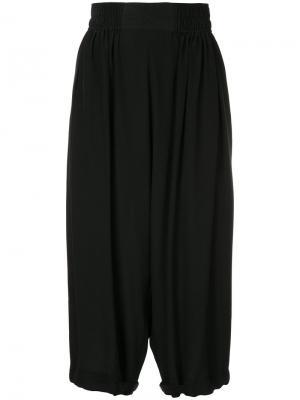 Укороченные брюки Paba Nehera. Цвет: чёрный