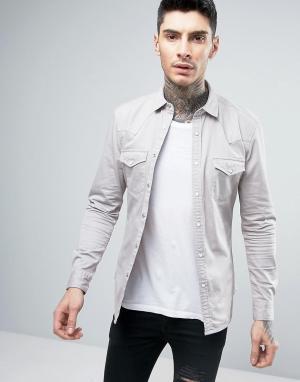 ASOS Светло-серая приталенная джинсовая рубашка в стиле вестерн. Цвет: серый