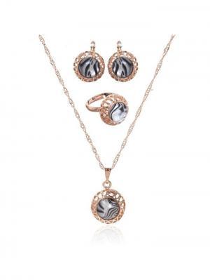 Набор: серьги, кулон, кольцо Queen Fair. Цвет: золотистый