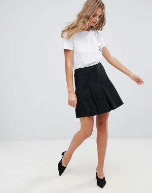 Minimum Плиссированная мини-юбка. Цвет: черный