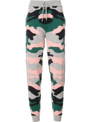Спортивные брюки с принтом в стиле милитари Chinti And Parker. Цвет: многоцветный