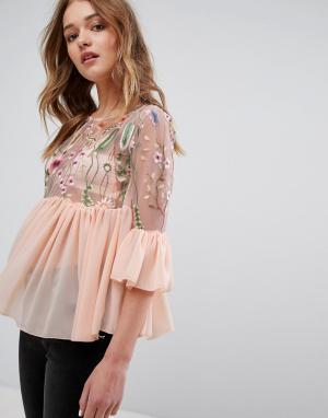 Parisian Топ с вышивкой и рюшами. Цвет: розовый