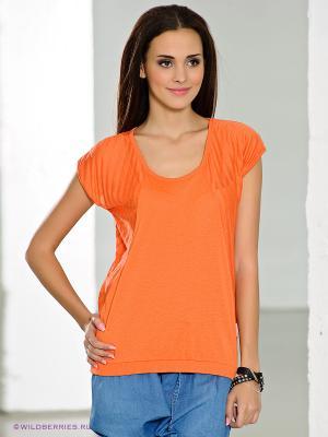 Футболка Nikita. Цвет: оранжевый
