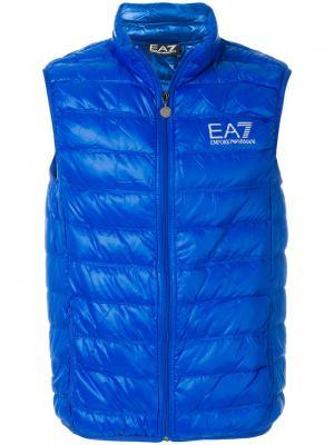 Пуховый жилет с логотипом Ea7 Emporio Armani. Цвет: синий
