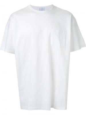 Футболка с нагрудным карманом Mr. Gentleman. Цвет: белый