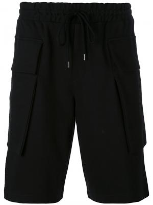 Шорты с накладными карманами Odeur. Цвет: чёрный