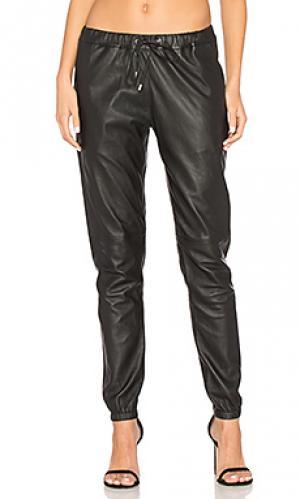 Кожаные брюки camden sen. Цвет: черный