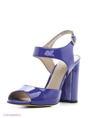 Босоножки Calipso. Цвет: фиолетовый