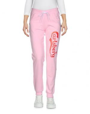 Повседневные брюки CARLSBERG. Цвет: розовый