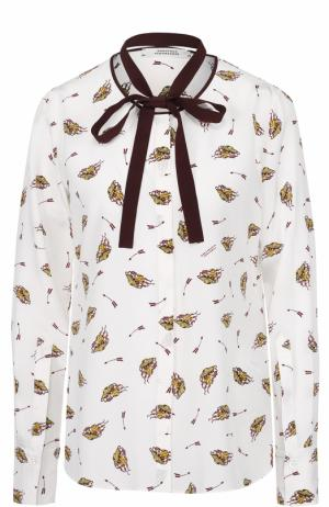 Шелковая блуза с принтом и контрастным воротником аскот Dorothee Schumacher. Цвет: белый