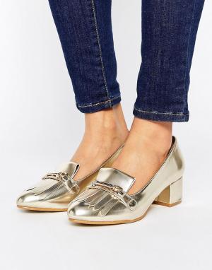 Raid Золотистые лоферы на среднем блочном каблуке Vicky Kiltie. Цвет: золотой