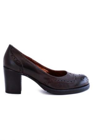 Туфли Elena. Цвет: коричневый