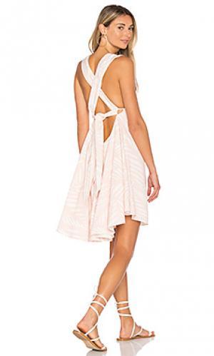 Платье с завязкой сзади i spy Finders Keepers. Цвет: peach