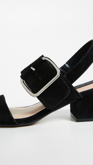 Fond Block Heel Sandals Steven