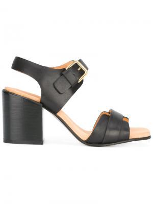 Босоножки на каблуках-столбиках Cotélac. Цвет: чёрный