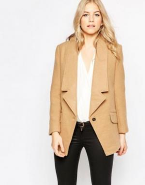 Parka London Шерстяное пальто в стиле смокинга. Цвет: бежевый