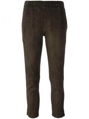 Укороченные брюки кроя слим Ines & Marechal. Цвет: зелёный