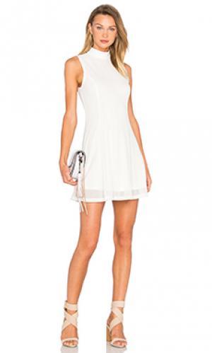 Платье-майка Lucca Couture. Цвет: белый