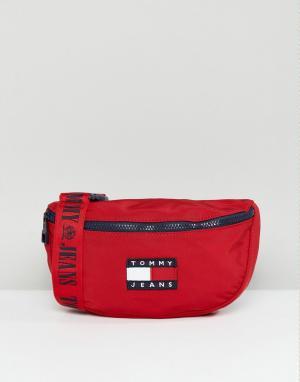Tommy Jeans Capsule Сумка-кошелек на пояс в стиле 90-х Jean. Цвет: красный