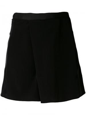 Front pleat shorts Carven. Цвет: чёрный
