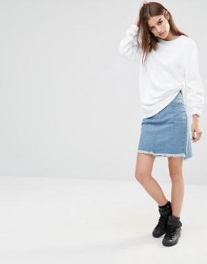 Liquor & Poker Джинсовая юбка-трапеция с асимметричной необработанной кромкой. Цвет: синий