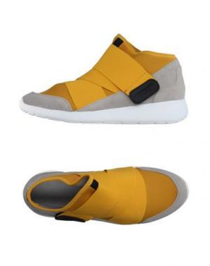 Высокие кеды и кроссовки FESSURA. Цвет: желтый