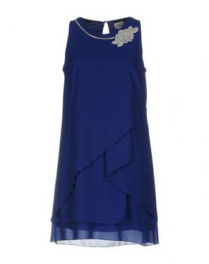 Короткое платье CASTING. Цвет: синий