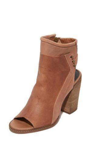 Ботильоны Niki с открытым носком Dolce Vita. Цвет: коричневый