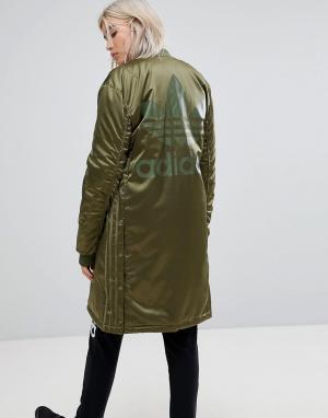 Adidas Originals Длинный оверсайз-бомбер. Цвет: зеленый