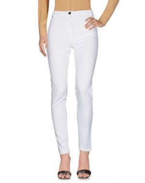 Повседневные брюки CHIARA D'ESTE. Цвет: белый
