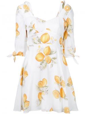 Мини-платье с принтом лимонов For Love And Lemons. Цвет: белый