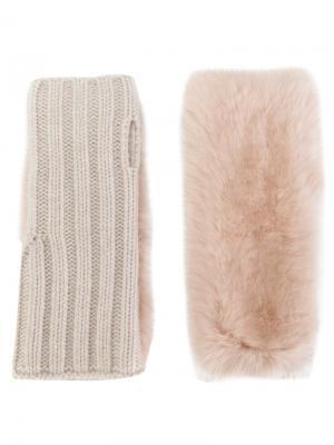 Перчатки с кроличьим мехом Yves Salomon. Цвет: телесный