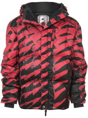 Стеганое пальто с полосатым принтом Kru. Цвет: красный