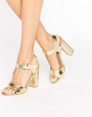 Raid Золотистые сандалии на блочном каблуке Lin. Цвет: золотой