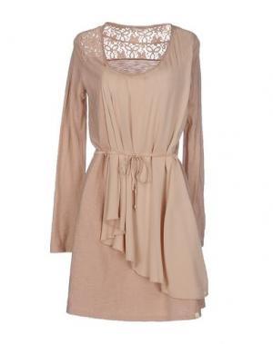 Короткое платье RISSKIO. Цвет: пастельно-розовый