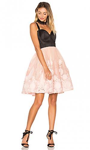 Мини платье kylie Bronx and Banco. Цвет: розовый