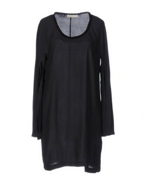 Короткое платье MONICA •LENDINEZ. Цвет: черный