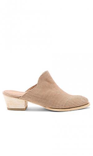 Туфли на каблуке mesa Kaanas. Цвет: беж