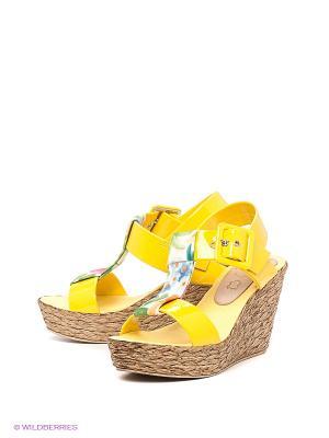 Босоножки El Tempo. Цвет: желтый