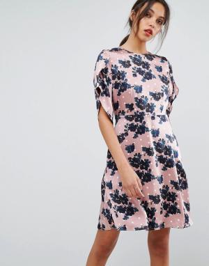 Essentiel Antwerp Платье с короткими рукавами Olapola. Цвет: коричневый